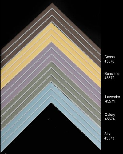 Contemporary linear moulding in soft colors